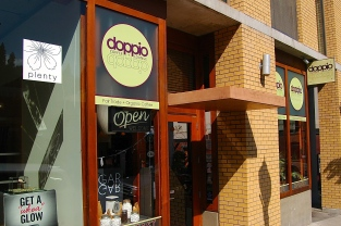 Doppio, a favorite Hood River cafe for lattes, croissants, and conversation..